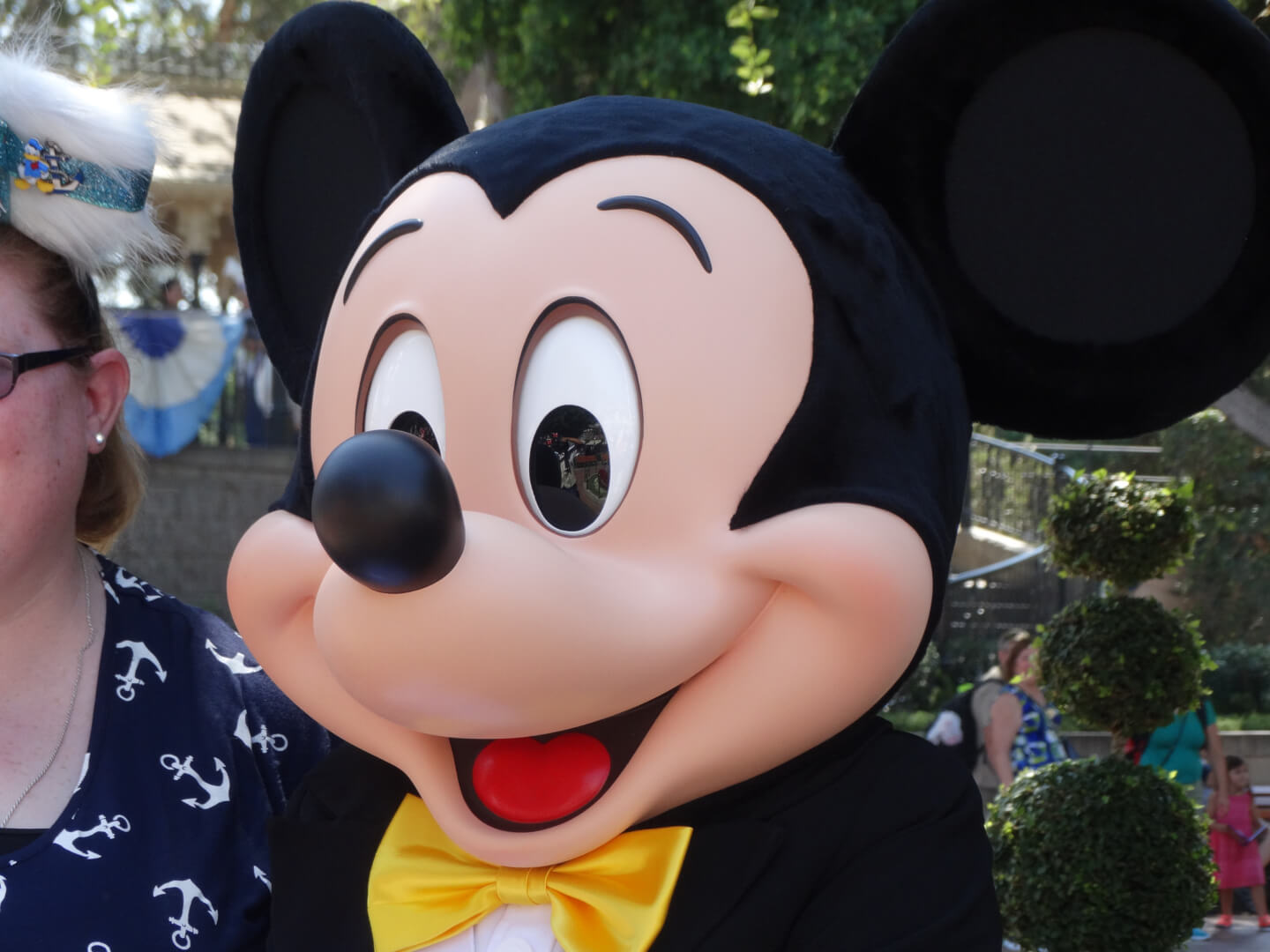 VIDEOS: New look for Mickey Mouse as part of Disneyland's ...