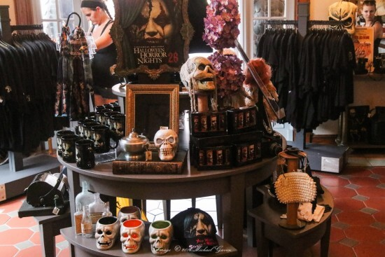 merchandise-hhn26-64-of-70