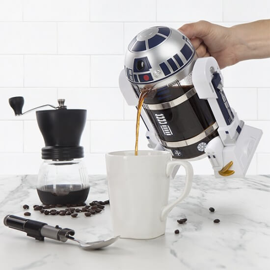 itns_r2-d2_coffee_press_pour