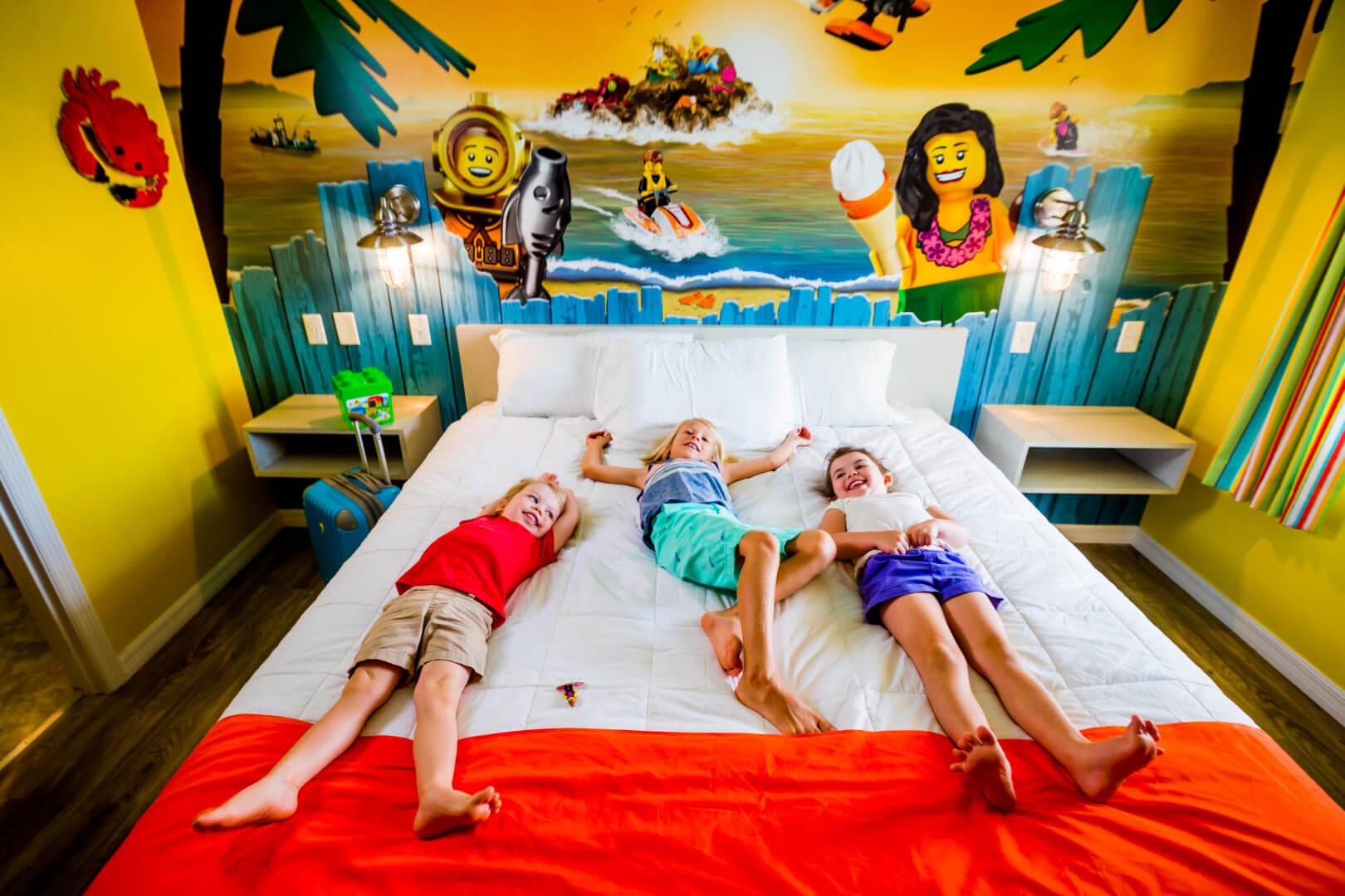 Hotels near Legoland California, USA. - Booking.com