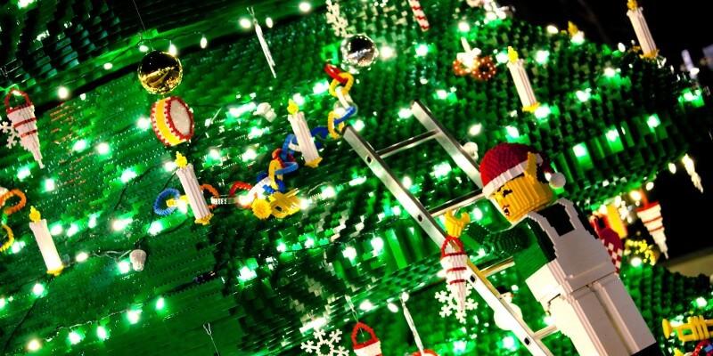 2011.07.06_LEGOLAND_TREELIGHTING_001.jpg