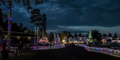 2016-enchanted-christmas-village-15