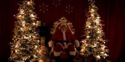 2016-enchanted-christmas-village-31
