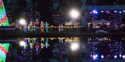 2016-enchanted-christmas-village-6