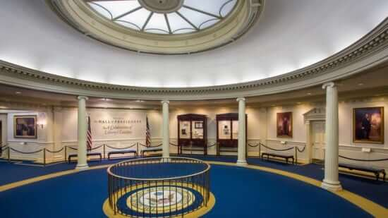 hall-of-presidents-gallery04