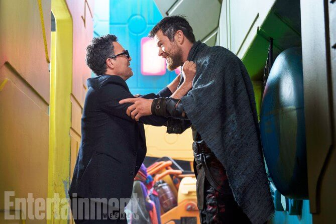 Thor: Ragnarok (2017) L to R: Bruce Banner (Mark Ruffalo) and Thor (Chris Hemsworth)