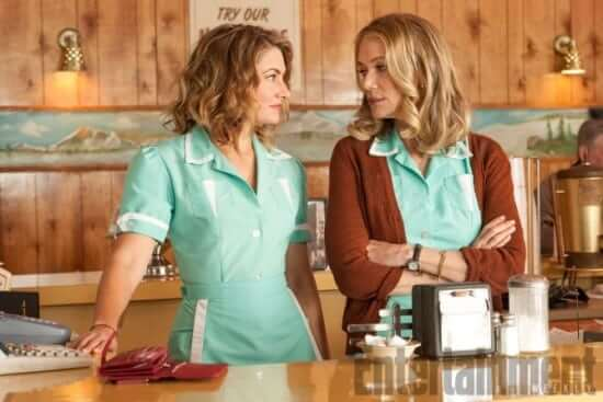 Twin Peaks Season 1 Air Date: 2017 Mädchen Amick and Peggy Lipton