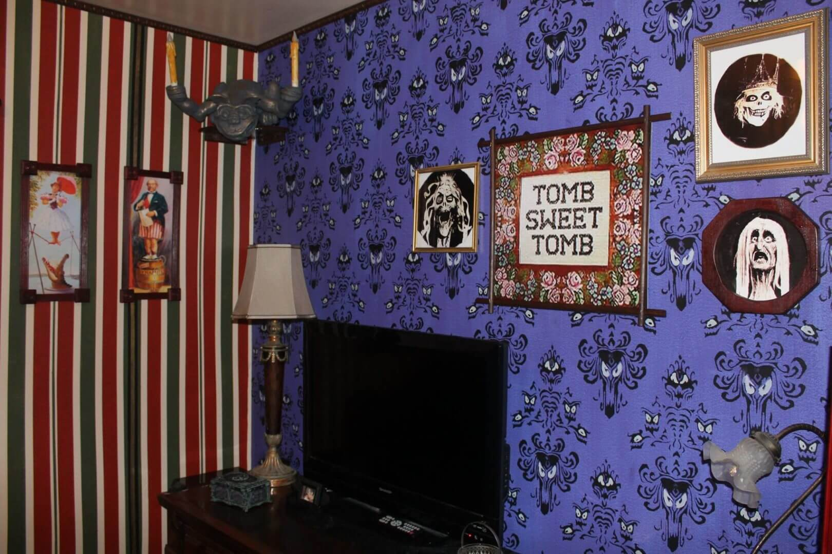 Making a Room for One More: Amazing Haunted Mansion themed ...  Haunted Mansion Themed Bedroom