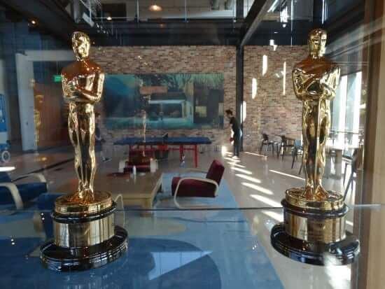 Academy Award statues.