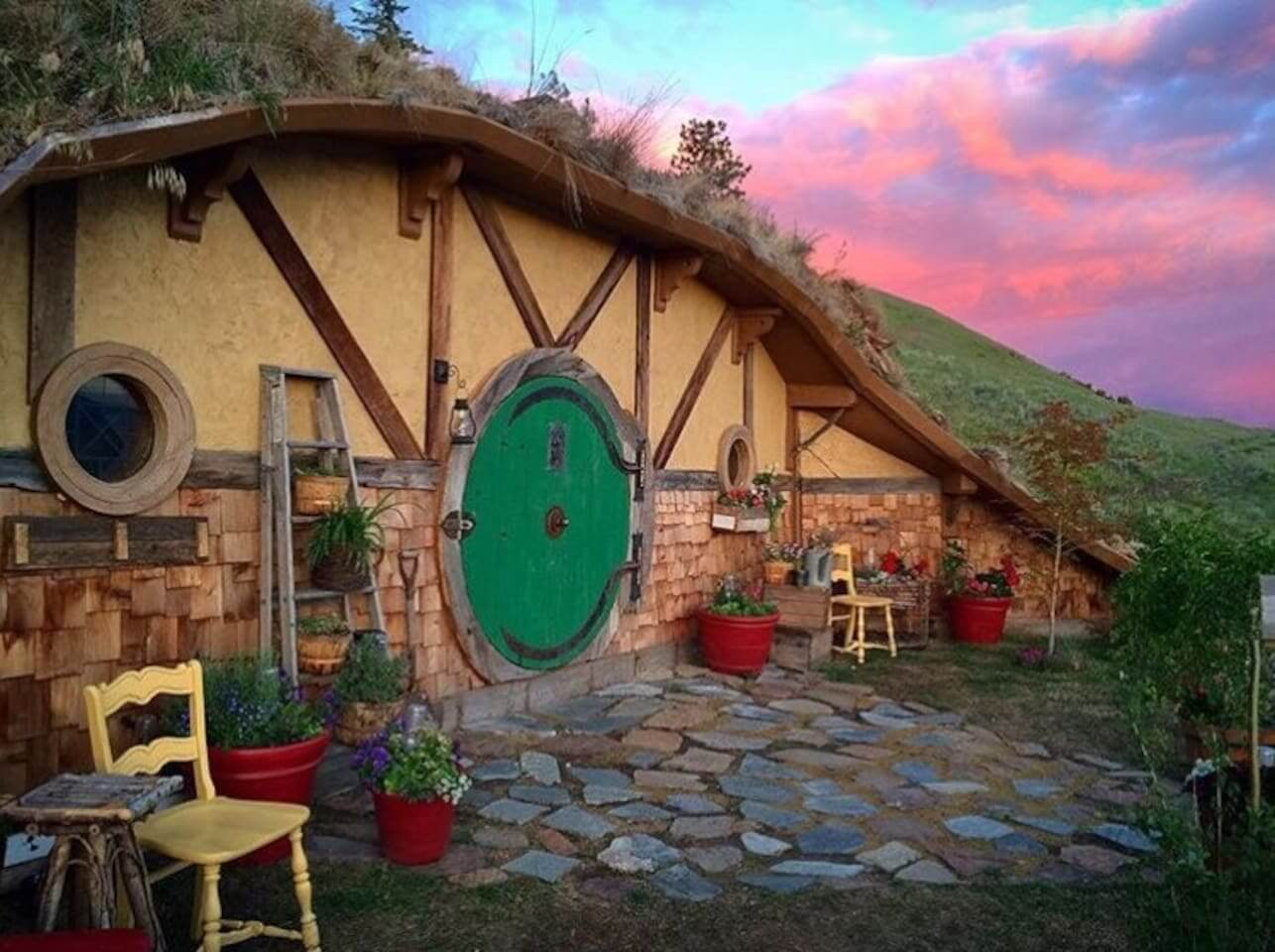 Travel In Style Spend The Night In Your Own Hobbit Hole