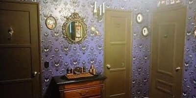 Dream Room: A Disney Haunted Mansion Bedroom   Geeky Home ...  Haunted Mansion Themed Bedroom