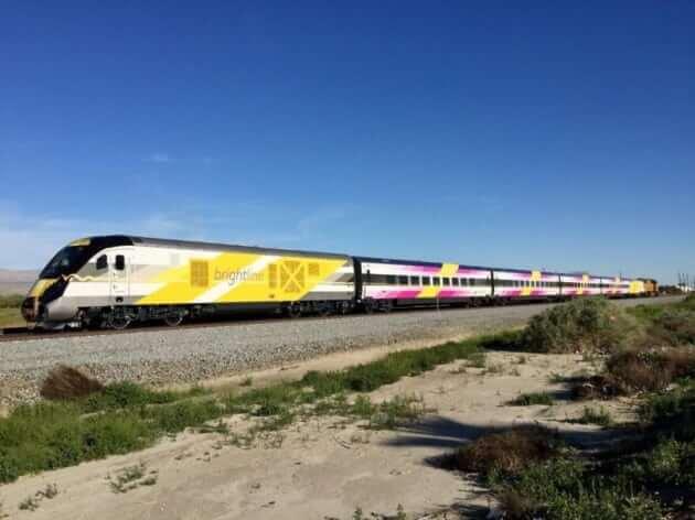 buzz-bright-pink-train-e1489180297854