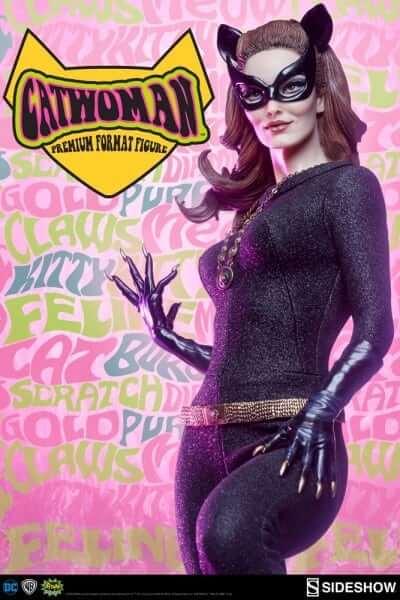 dc-comics-catwoman-premium-format-figure-300249-01