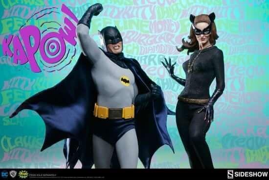 dc-comics-catwoman-premium-format-figure-300249-18