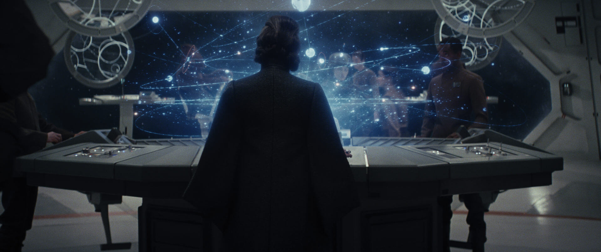 ANALYSIS Shot For Shot With Star Wars The Last Jedi Trailer - The last of us lake resort map