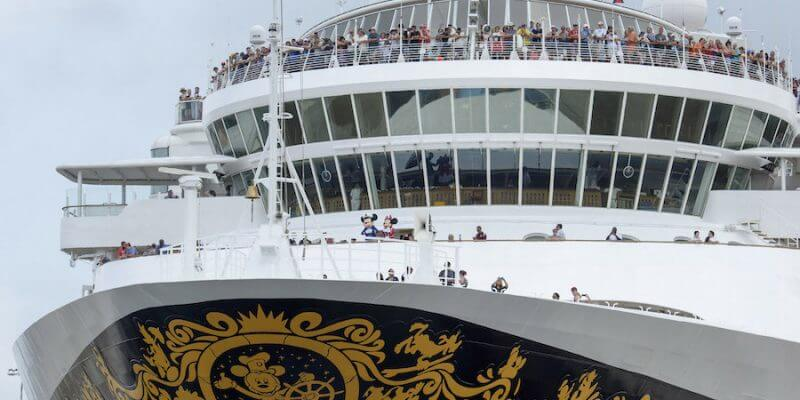 Disney Wonder Cruise Ship Becomes First Passenger Carrier Ever To - Is disney building a new cruise ship