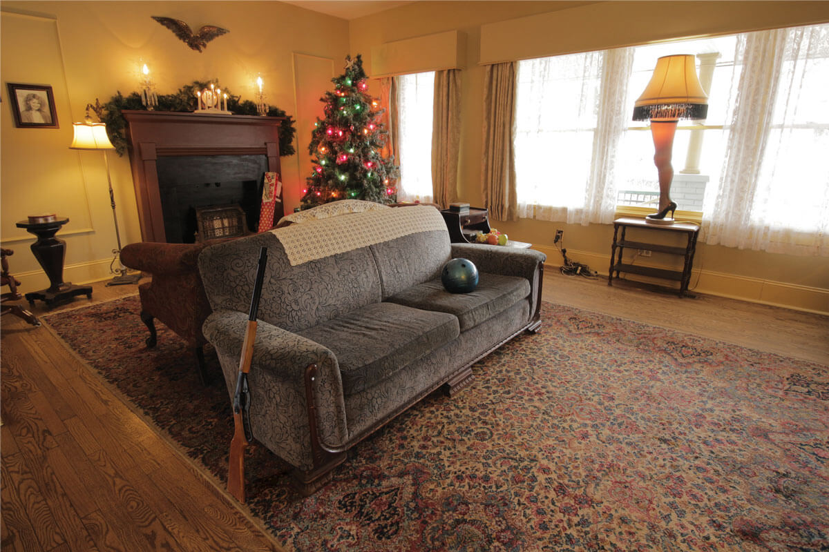 Travel in style parker family home from a christmas story opens for nightly rentals year for The parkers tv show living room