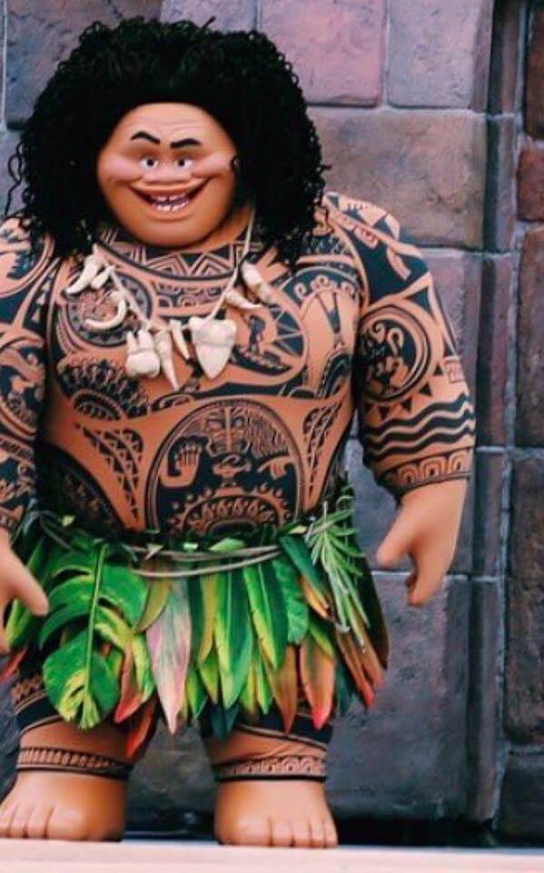 "PHOTO: Maui from Disney's ""Moana"" makes theme park character debut"