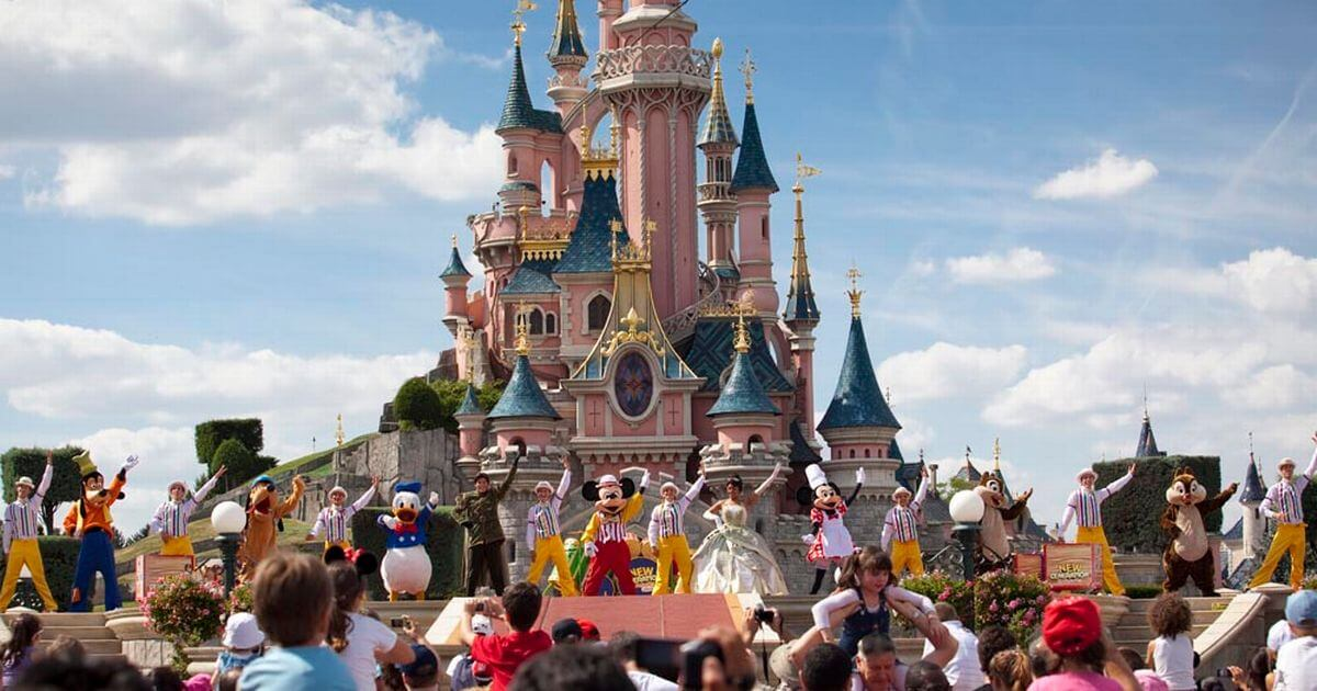 Walt Disney Company Acquires Full Control Of Disneyland Paris In Out Inside The Magic