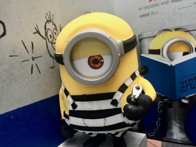 minions meet gru for the first time