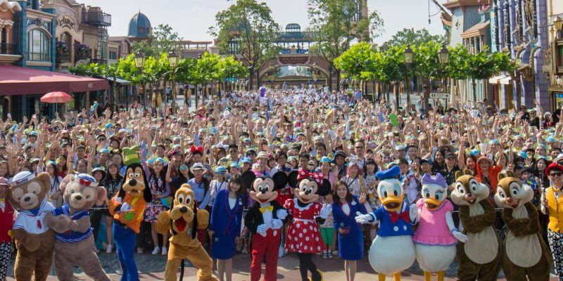 Shanghai Disney Resort Hosts Charity Presentation of The Lion King