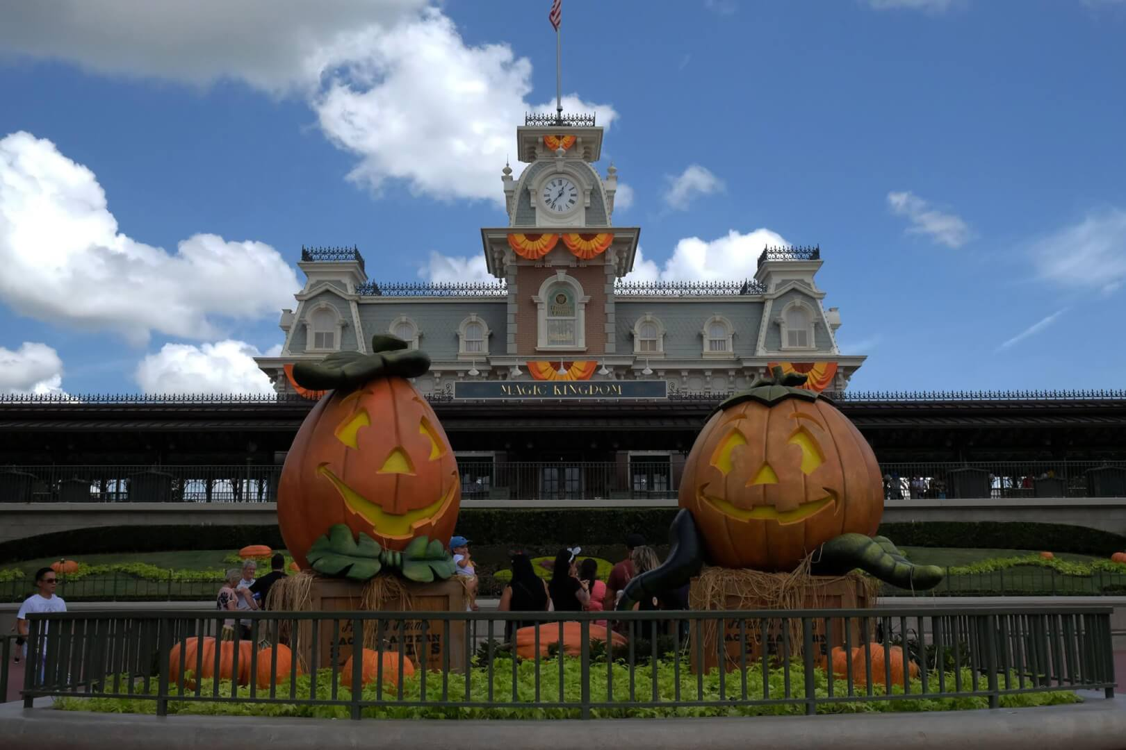 jack olanterns are a common design element of magic kingdoms halloween and fall themed decorations which can be found throughout the park - Disney World Halloween Decorations
