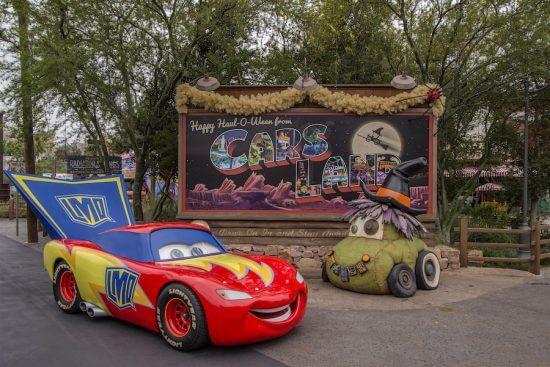 Cars land halloween