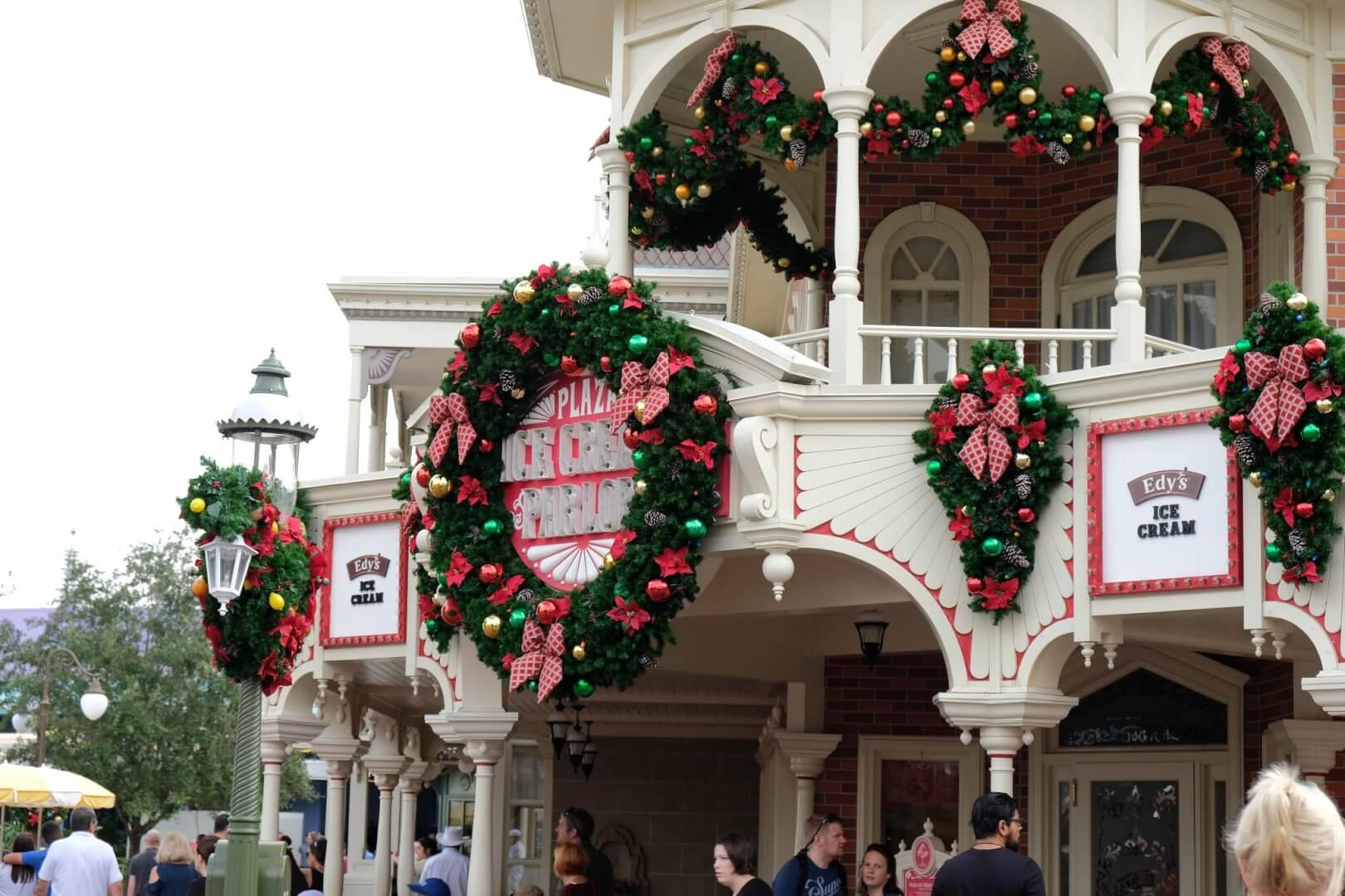 Christmas 2017 Decorations Arrive As Magic Kingdom Prepares For