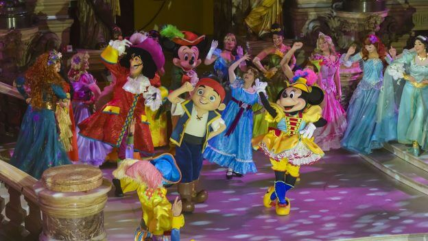Disneyland Paris previews upcoming Pirates & Princesses ...