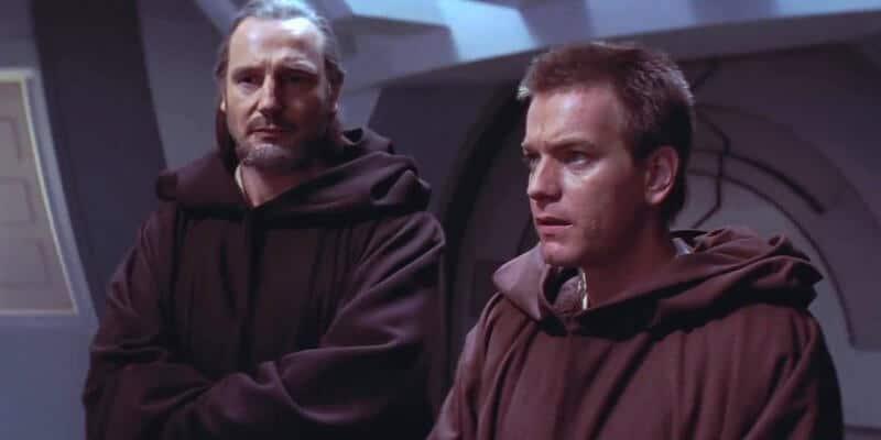 Qui-Gon-Jinn-and-Obi-Wan-Kenobi-in-The-Phantom-Menace