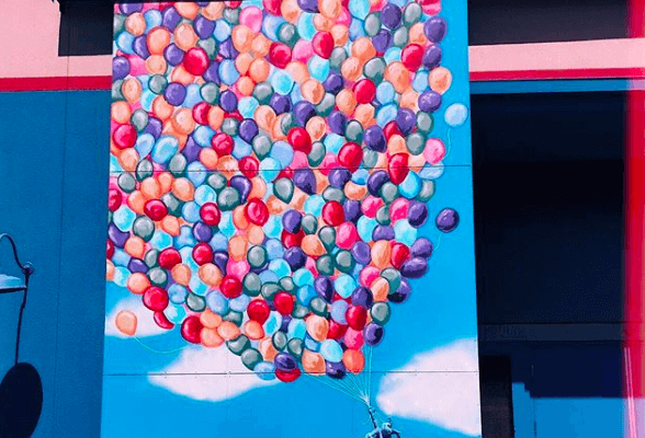 Up balloon wall