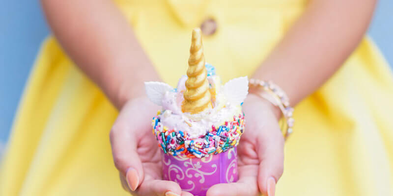 iridescent desserts