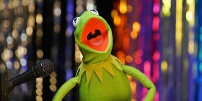 Karaoke with Kermit