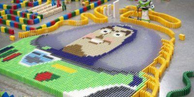 Toy Story Land domino maze