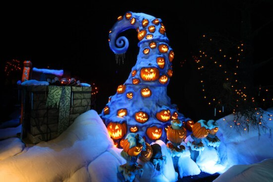 Disney Halloween fun - Holiday Haunted Mansion