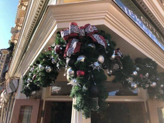 Disneyland Holiday Decorations