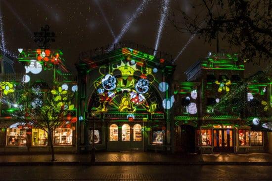 """Mickey's Mix Magic"" Projection Show Lights Up Disneyland Park"