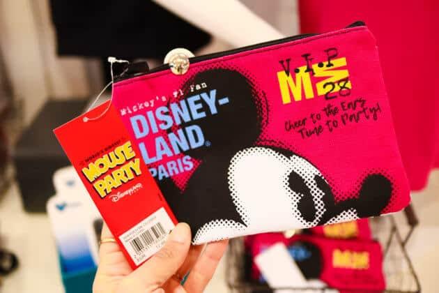 Disney Fashion Overview - Disneyland Paris