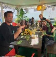 Avengers: Endgame woman lunch