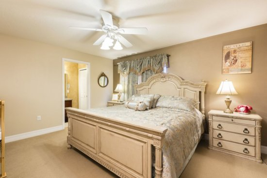 Walt Disney World vacation rental - master bedroom