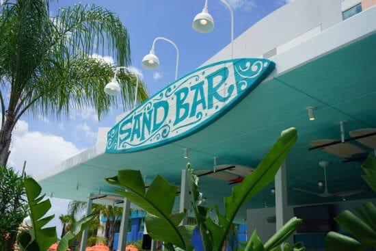Sand Bar beverage staton at Universal Orlando's Endless Summer Resort – Surfside Inn and Suites