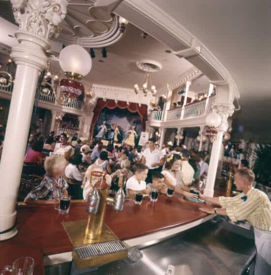 DIsneyland Golden Horseshow 1955