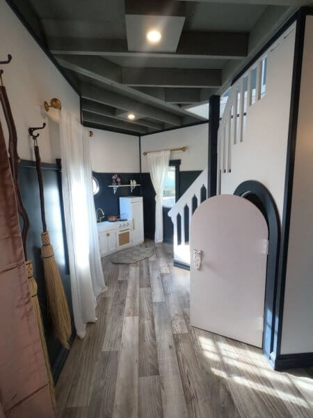Harry Potter Wendy house cupboard under stairs