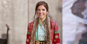 anna kendrick in Disney Christmas film Noelle