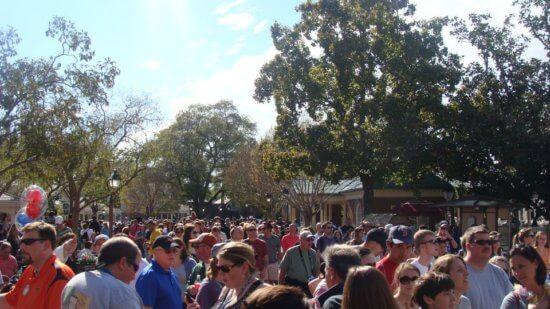 DIsney World holiday crowds