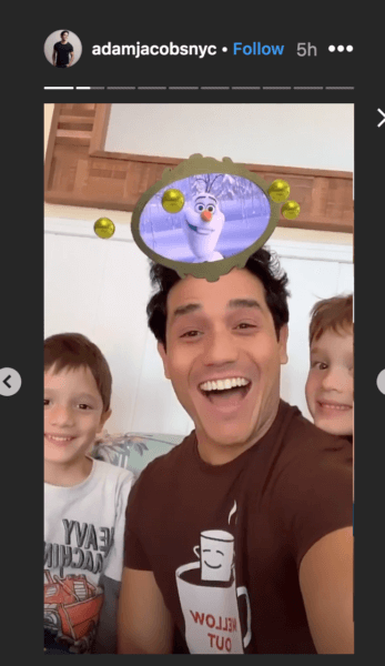 Adam Jacobs, Aladdin on Broadway, with his kids.