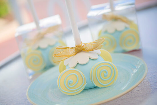 Cinderella Cake Pop