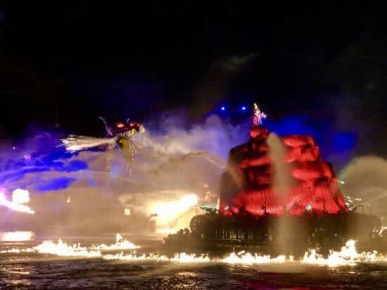 Disney Parks Release Performances of Tokyos Fantasmic