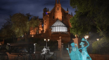 Haunted Mansion Ghost take a vacation