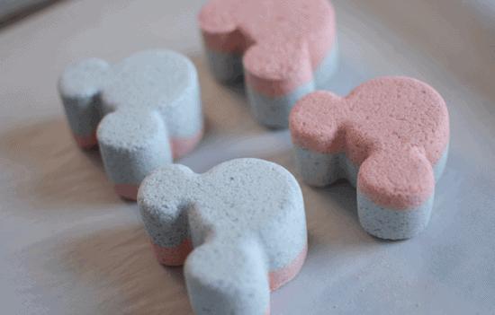 DIY Mickey Bath Bombs